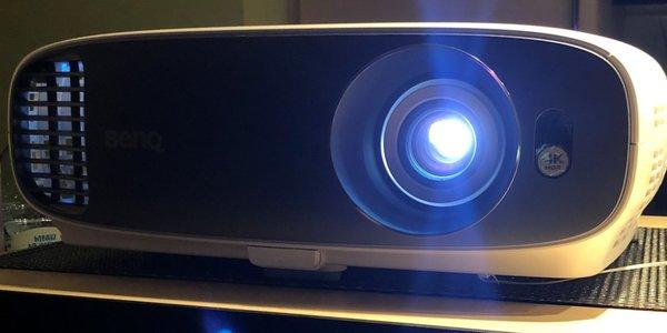 """[S] Projektor Ultra HD 4K HDR BenQ W1700 *NOWY"""""""