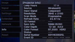 """Ultra HD z HDR i szeroką paletą barw ze źródła """"Wireless HD""""."""