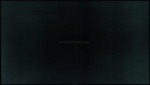 Równomierność ekranu na ciemnych tłach.