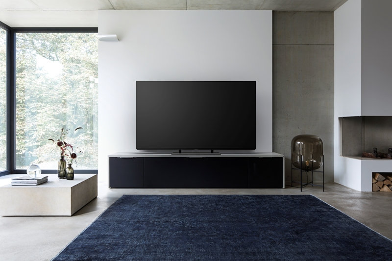 Panasonic TV EZ950 room