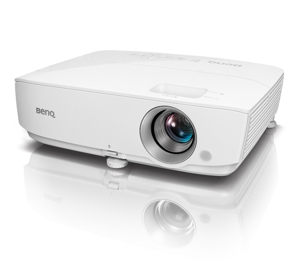 BenQ W1050 – popularny projektor dla kinomanów i kibiców