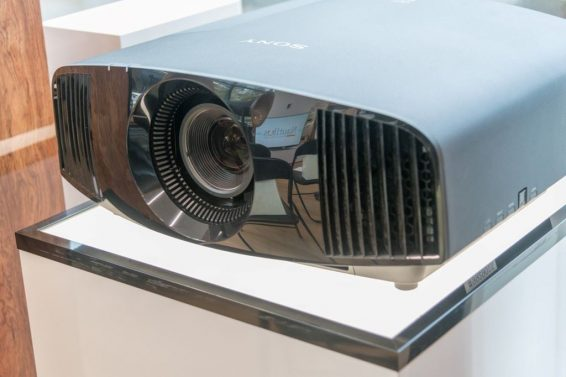 Sony VPL-VW360 test