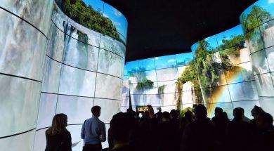 LG OLED kanion CES 2018 plansza