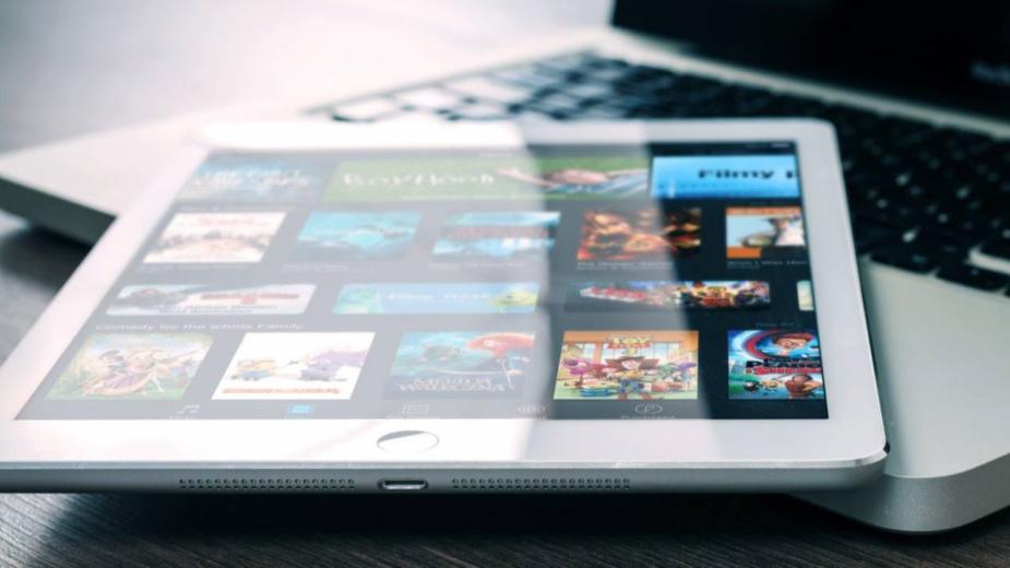 Inteligentne pobieranie w Netflix dostępne na iOS