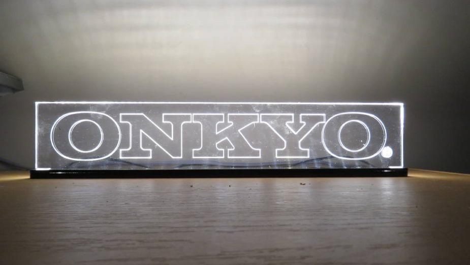 Onkyo wprowadza nowe budżetowe amplitunery Atmos