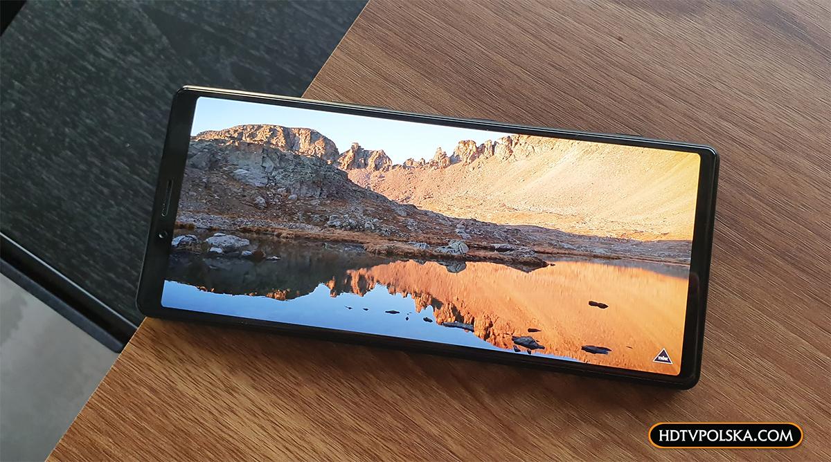 Xperia 1 - pierwszy smartfon 4K 21:9 OLED HDR. Siódme niebo kinomaniaków