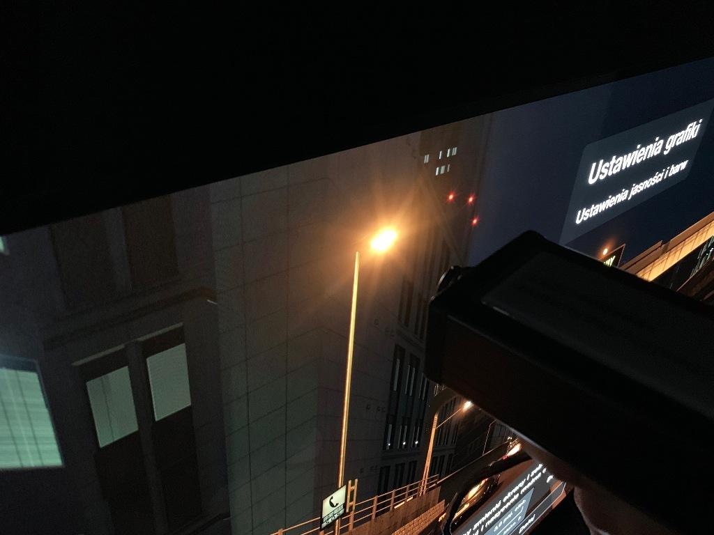 Bariera 900 nitów HDR w OLED złamana przez Panasonic GZ2000