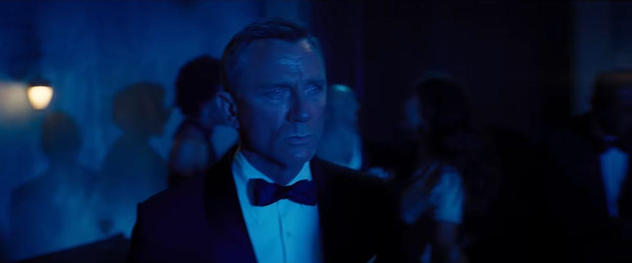 nowy bond trailer