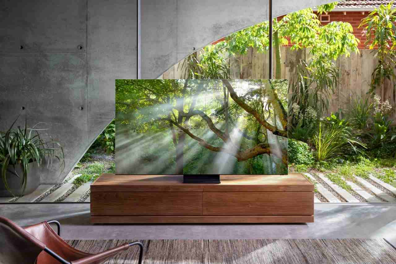 bezramkowy telewizor samsung