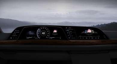 LG P-OLED Cadillac Escalade 2021
