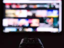telewizja pilot tv