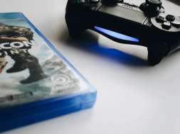gry pudełka konsole PS4
