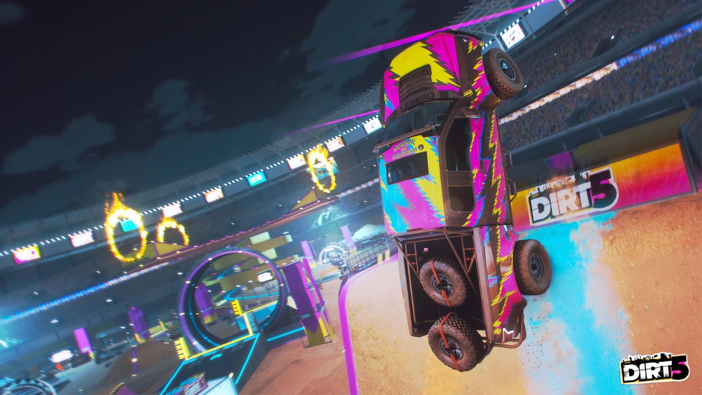 DiRT 5 Playgrounds: sprawdziliśmy tryb tworzenia własnych torów w grze. To piaskownica kreatywności!