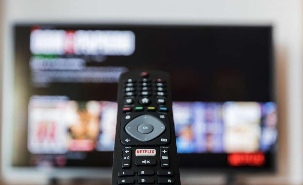 Standard DVB-T2/HEVC już niebawem w telewizji naziemnej. Kogo dotknie konieczność dokupienia przystawki i co się zmieni?
