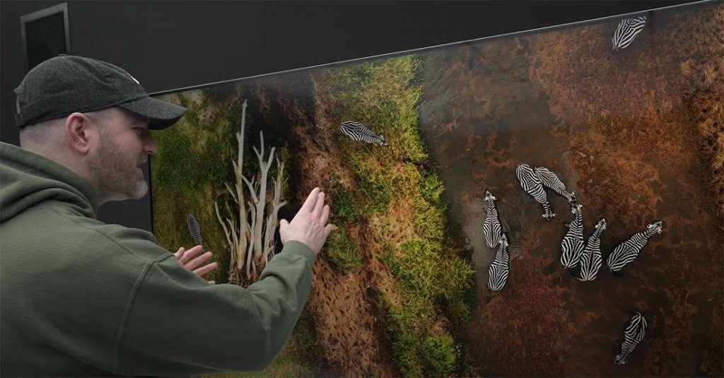 Pierwszy unboxing i spojrzenie na LG QNED MiniLED 8K i LG OLED z podnoszącym jasność w HDR panelem evo! Jak się spisują na żywo?