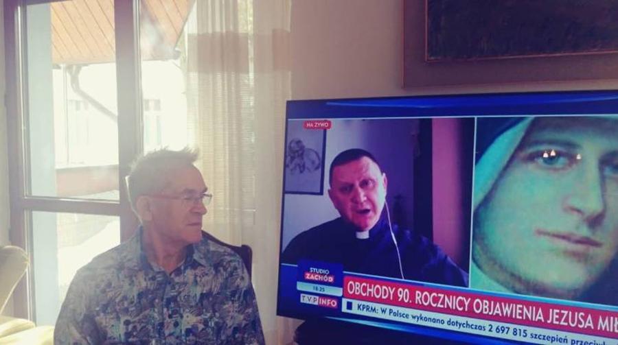 Pan Tadeusz wypalił telewizor oglądając TVP Info przez 11 godzin dziennie! Jak uniknąć takiej absurdalnej sytuacji?