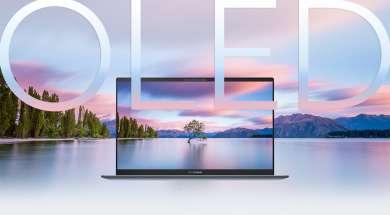 ASUS Zenbook UX325 13 OLED laptop lifestyle 2