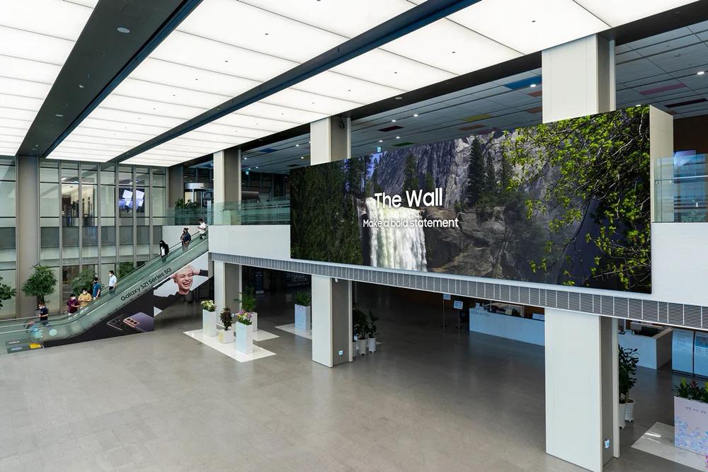 Samsung pokazał oszałamiający ekran Micro LED The Wall najnowszej generacji! 1000 cali, rozdzielczość do 16K i odświeżanie 120Hz - tylko spójrzcie