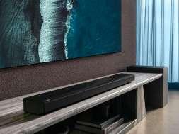 Samsung soundbar QN800A lifestyle