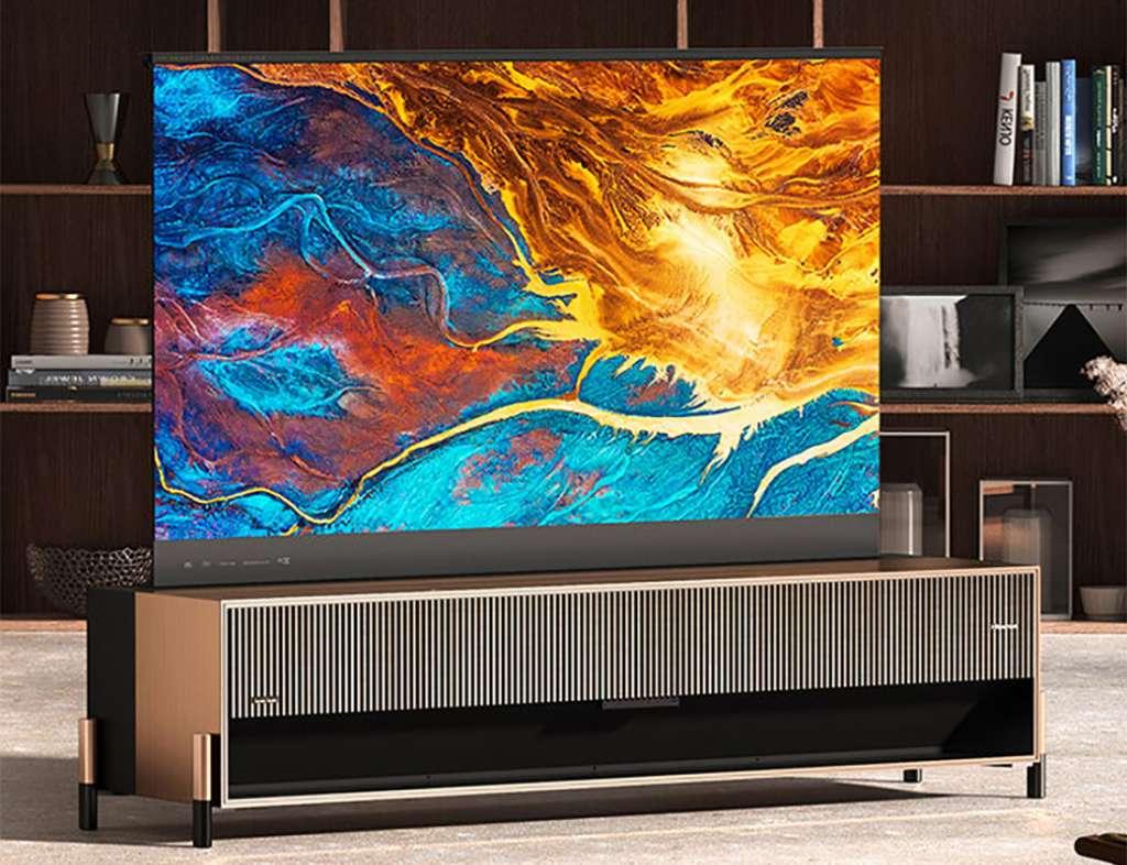Hisense ogłosiło pierwszy na świecie rozwijany telewizor Laser TV! Takiego modelu jeszcze nie było - czy cena powali na kolana?